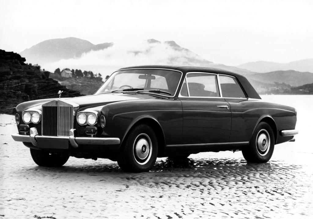 Rolls-Royce, Corniche Saloon, Rolls-Royce Corniche Saloon '1971–77, AutoDir