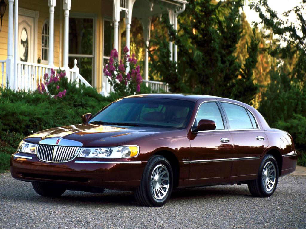 Lincoln, –  Town Car, 1998–2002 Lincoln Town Car, AutoDir