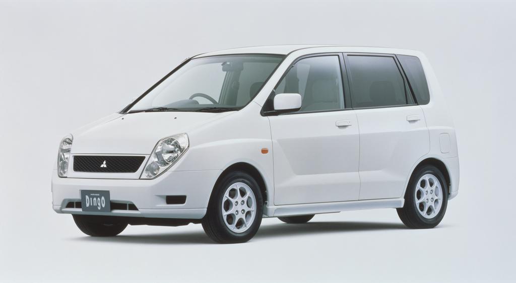 Mitsubishi, Mirage Dingo, Mitsubishi Mirage Dingo '1998–2001, AutoDir