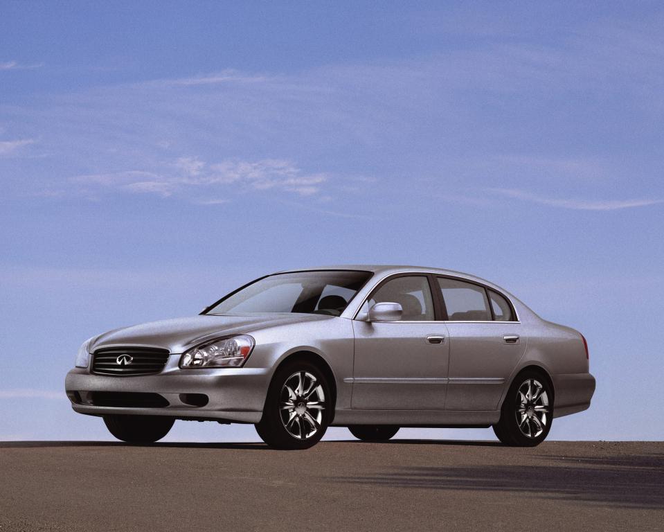 Infiniti, Q45 (F50), 2002–04 Infiniti Q45 (F50) '2001–04, AutoDir